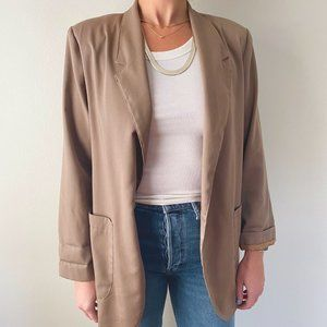 Vintage • Essential Trench Coat in Taupe